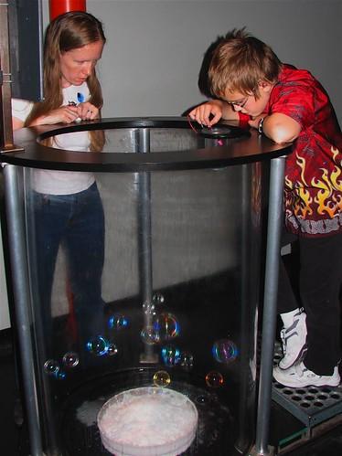 bubbles-exploratorium