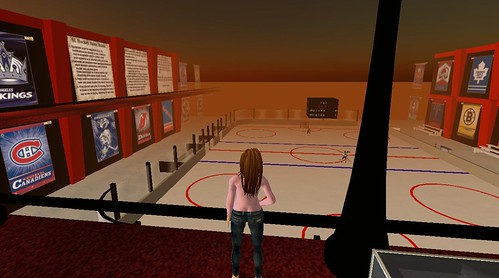 Queen Tureaud (that's me) in SecondLife