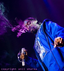 snoop dogg enjoys the local agriculture (spacehindu) Tags: music west vancouver coast concert live side anil westside hip hop rap snoop dogg snoopdogg top20livemusic sharma spacehindu anilsharma