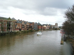 York - The river ouse (Pablo York) Tags: york travel england europe roman britain yorkshire viking ouse jorvik engeland historie geschiedenis eboracum grootbritannie