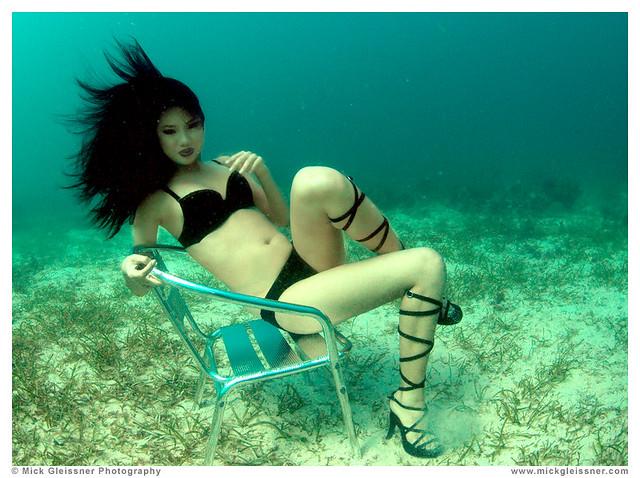 underwater bebe pham