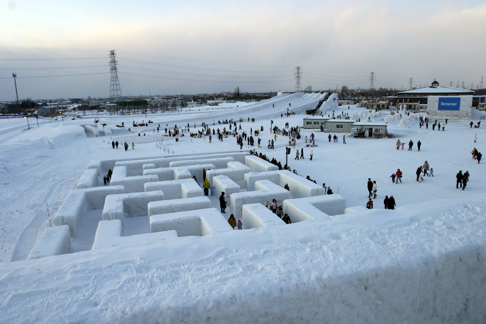 snow maze labyrinth sapporo festival wallpaper
