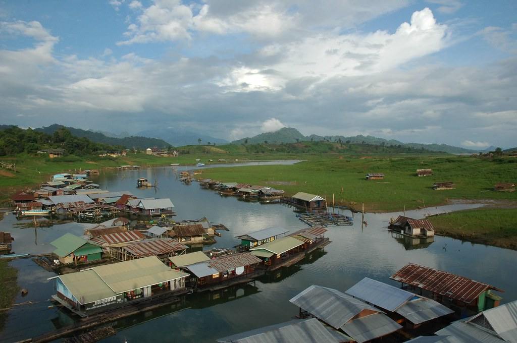 The floating village at Sangkhlaburi