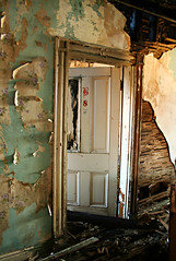 Room 8 (deatonstreet) Tags: urban abandoned kentucky doorway louisville mansion exploration ouerbacker