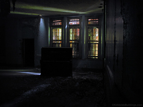 "Northampton State Hospital • <a style=""font-size:0.8em;"" href=""http://www.flickr.com/photos/15694740@N00/410946052/"" target=""_blank"">View on Flickr</a>"