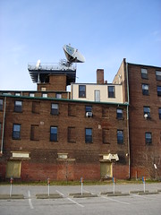 DSC05073 (sevensixfive) Tags: dish satellite baltimore infrastructure canton broomfactory