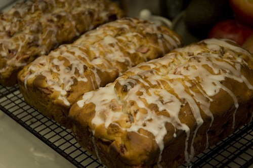 strawberry bread with lemon glaze