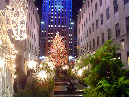 Rockefeller Center por official station.