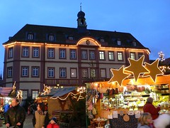 Marktplatz in Neustadt a.d. Weinstraße (mark@pfalz) Tags: christmas germany deutschland nw advent market weihnachtsmarkt pfalz neustadt weinstrase markpfalz