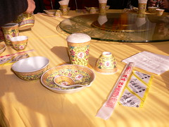 Kina del 1 064 - Nu vankas det god mat (HAKANU) Tags: china food beer restaurant sticks beijing summerpalace bowls porcelain peking