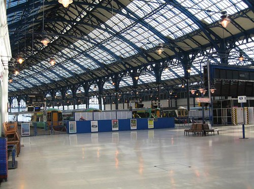 Brighton Station concourse (UK)