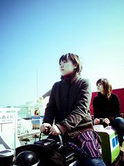 girls (Masahiro Makino) Tags: portrait rooftop japan female store kyoto olympus e1 department depaoku futarinori