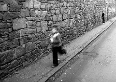 playing hide+seek, Edinburgh (lippi) Tags: white black kids scotland edinburgh play blurred running games hideandseek chldren