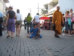 Calle en Chiang Mai- sin carros