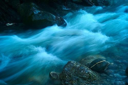 Flow VI by Bill Liao.