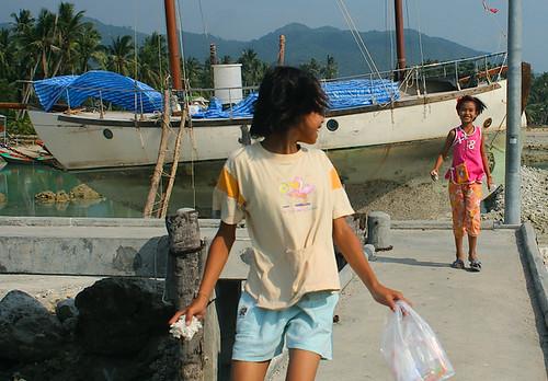 people sailboat children thailand boat kohphangan drydock