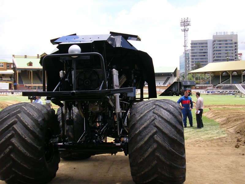 Bat monster truck