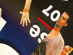 Gore (KatJaTo) Tags: metro couleurs colourful plakat color affiches mtroparisien colleurdaffiche