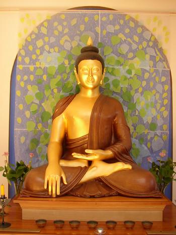 Garden Shrine Room Buddha Rupa 1