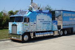 Kenworth Cabover truck (DieselDucy) Tags: truck sony cybershot boating trailer dsct1 sleeper kw discover kenworth cabover paccar
