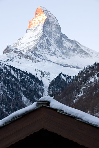 watching the sunrise on matterhorn