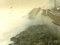 News Video - Storm Winds - Bay Area 12/27/2006