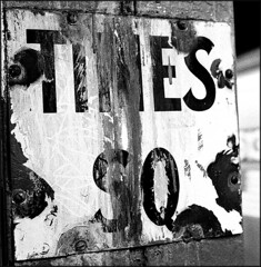 Times Square 2003 (URBAN PHOTOS) Tags: subway trix times sq urbanphoto porcelainsign gelatinsilver
