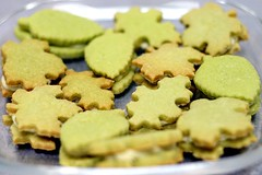 Green Tea Cookies with White Chocolate Filling