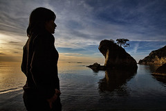 nkumu II (ToRtU _) Tags: sunset shadow beach seaside inkum glge tortu frogrock kurbaakayas inkumu artlibre alemdagqualityonlyclub flickrlovers