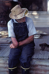 Uncle Neely (TMink) Tags: man country overalls amputee