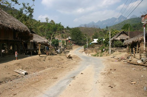 Small settlement near Na Meo