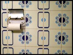 bathroom colors (miqllin) Tags: bathroom brighttalstyle