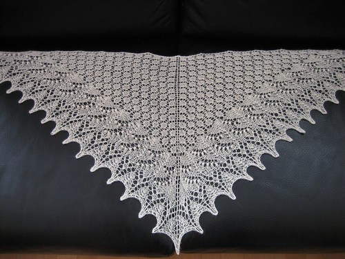 Swallowtail shawl, finished!