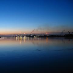 (_vanitY_) Tags: sunset skyline canon bravo belgium vanity antwerp antwerpen anvers magicdonkey powershota640 wwwsofieaudiffretcom