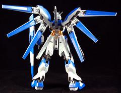 Hi-v Gundam