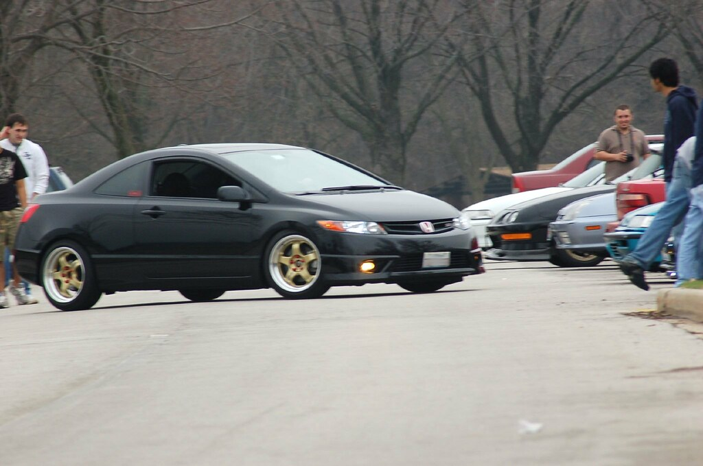 Some New Photos With My Red Lugs 8th Generation Honda