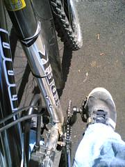 Cycling to work (hugovk) Tags: cameraphone 2005 uk england bike bicycle work trek manchester foot cycling spring britain may lifeblog cycle 7610 fi nokia7610 hvk trainer 4100 polkupyr pyr fillari trek4100 cyclingtowork bbcmanchesterblog hugovk meta:exif=none