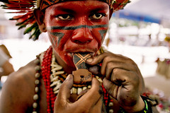 whistle ( Tatiana Cardeal) Tags: pictures 2005 brazil portrait people man film southamerica topf25 festival brasil photo topf50 native picture culture documentary tribal brazilian tatianacardeal fotografia indios ethnic caption indien galleria indigenous brsil bertioga ethnology indigenouspeople patax documentaire indische flickys etnia