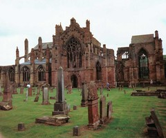 melrose (pamelaadam) Tags: melrose scotland 90s church film fotolog