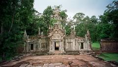 Angkor Wat 2001 (61)