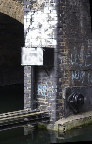 Regent's canal, Limehouse basin