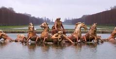 Bain d'Apollon (Aramisse) Tags: horses sculpture paris france statue cheval europe versailles mythology chevaux apollon gardenstatues baindapollon aramisse