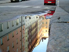 Puddle (digikuva) Tags: reflection topf25 topv111 finland puddle helsinki topv333 europe topc50 heiluht 100v10f 800 deletemedeleted