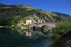 Lago di Scanno (kmclaudio) Tags: pentaxart lago scanno lake abruzzo acqua cielo verde ponte casa riflesso estate