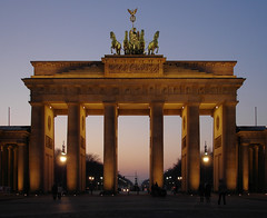 Brandenburger Tor - by Gertrud K.