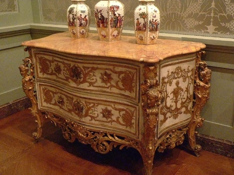 Мебель 18 века фото