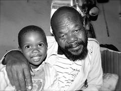 South africa : Xhosa people (KraKote est KoKasse.) Tags: africa portrait man southafrica sourire bb gentleman homme noirblanc afrique krakote forcont hommedumonde wwwkrakotecom valeriebaeriswyl
