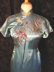 RARE 1930s-40s Chinese Cheongsam Wiggle Dress with Dragon Phoenix Design closeup