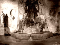 Roman Fountain (mattrkeyworth) Tags: rome fountain ancient roman sony p12 dscp12 mattrkeyworth