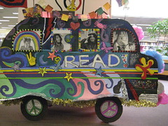 hey! a bookcart shaped like a bus!